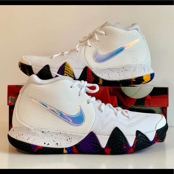 cffdbc60add Nike Kyrie 4 March Madness NCAA Tournament Sz 11.5